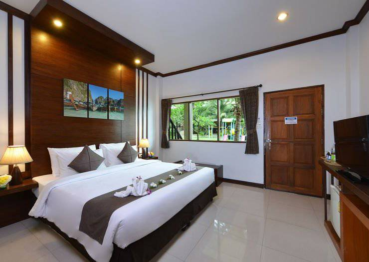 SUPERIOR ROOMS Phangan Bayshore Resort & Spa Surat Thani, Koh Phangan